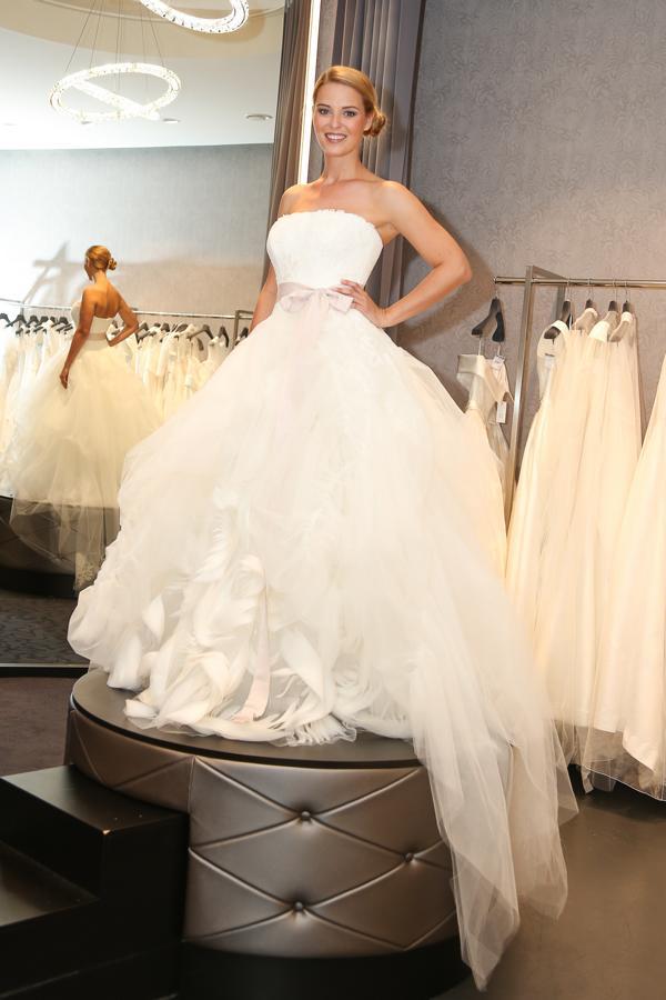 Fantastisch Vera Wang Hochzeitskleider Preis Galerie - Brautkleider ...